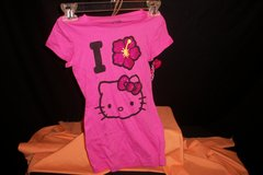 NWT Hello Kitty Short Sleeve Shirt (T=41) in Fort Campbell, Kentucky